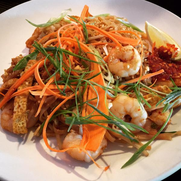 Chicken & Shrimp Pad Thai (@FoodieAndFamily)